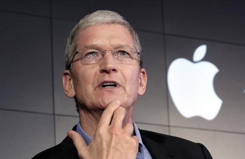 구멍난 애플의 위기관리 능력...삼성과 비교 불가피