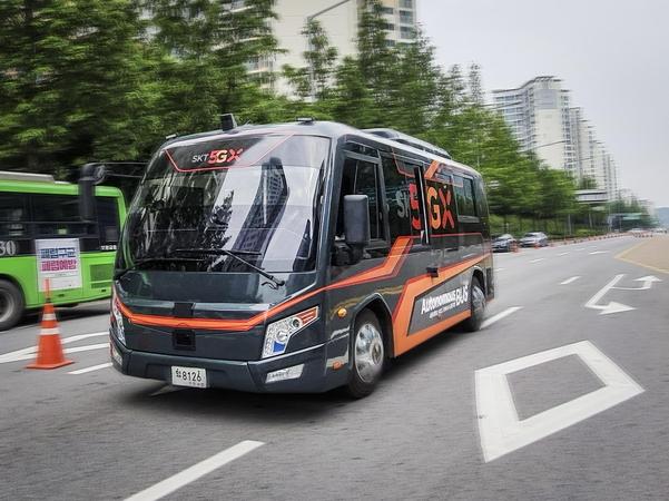 5G 자율차, 서울 월드컵북로 달린다